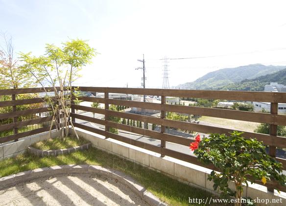 素敵な景色を考慮した木フェンス