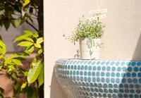 印象的な花台が彩るエクステリア
