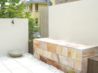 住んでみて欲しくなったベンチは、お庭の新しいアクセントとして